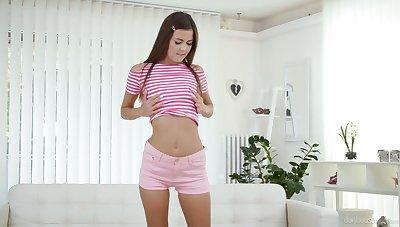 Torrid svelte leggy Hannah Vivienne gets rid of pink thongs to pet twat