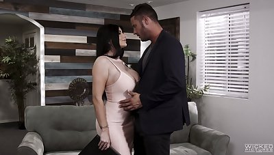 Ardent MILF Romi Rain goes crazy about topping fat cock for orgasm