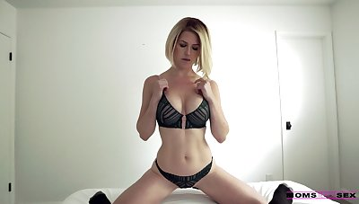 Cum-thirsty stepmom Costume Mercer gives a great blowjob and takes hard cock in pussy