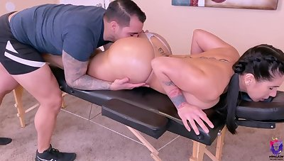 Huge-Titted brown-haired luvs loosening kneads and serendipitous fuck-fest and gets both from the same dude