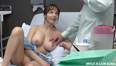 Sex-starved patient Lexi Luna masturbates and gives a tugjob relative to her boyfriend