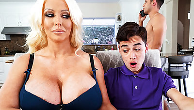Gaffer stepmom interested to taste schoolboy's dick