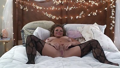 Adult give chubby forms, naughty habitation solo on cam