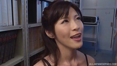 Stunning secretary Sara Yurikawa drops on say no to knees to tickle