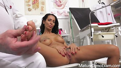 Mature Latina Lady Gyno Third degree Valentina Sierra